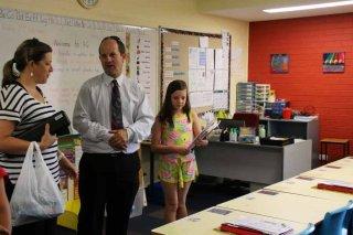 Mr Tollis in Year 4 class
