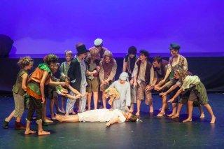 Peter Pan - Lost Boys looking after Wendy